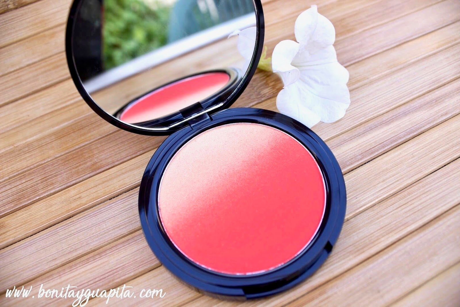 feel the heat Coloretes Ombre Blush de NYX