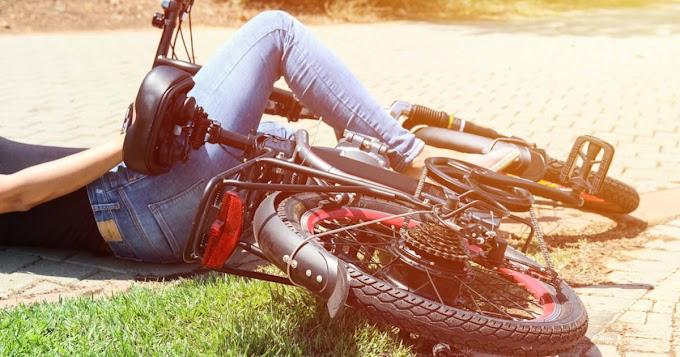 Pénzbüntetés kaphat a sofőr, aki cserbenhagyta a Tisza-tónál elesett biciklist