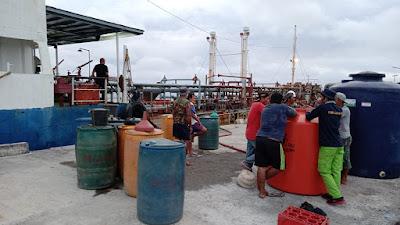 Masyarakat Pulau Miangas Dapat Kado BBM Satu Harga Dari Pertamina Untuk Indonesia Merdeka Energi