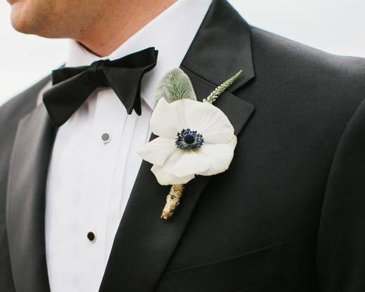 shabby+chic+wedding+spring+summer+pastel+champagne+pink+black+white+bride+groom+bouquet+ceremony+centerpiece+floral+flower+bridesmaid+dresses+dress+riverland+studios+5 - Charleston Pastel