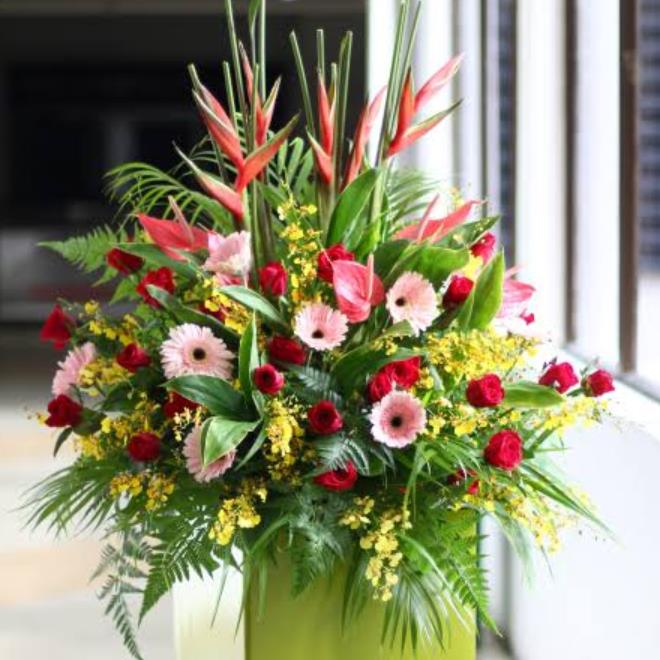 Grand Opening Flower Stand Delivery from the Online Florist – Little Flower Hut (Sponsored Post)