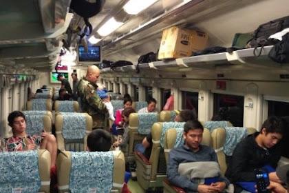 Liburan Keluarga Bareng Maia Naik Private Jet, Sama Dhani Naik Kereta