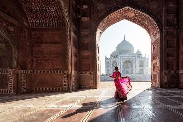 Taj Mahal: The Story