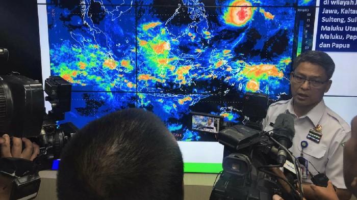 Waspada! Cuaca Ekstrem pada Libur Natal 2019 dan Tahun Baru 2020
