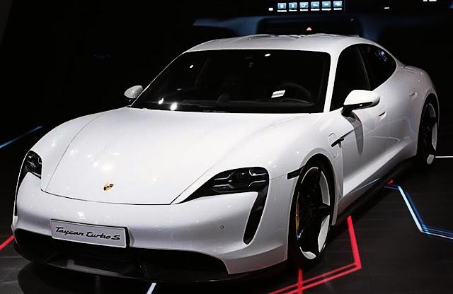 porsche-taycan-turbo-s-white