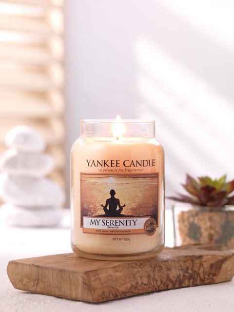 blog bougie, revue bougie, avis bougie, bougie parfumée, cire parfumée, wax melt, huile parfumée, candle review, article bougie, parfum d'ambiance, home fragrance, scented candle, parfumer sa maison, yankee candle, bath and body works, my serenity
