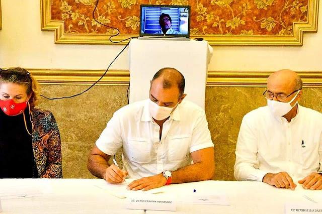 Víctor Cervera firma compromisos con la Coordinadora Ciudadana de Yucatán