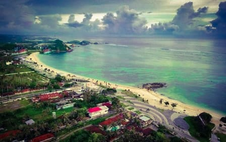 Pantai Kuta - The Most Popular Tourist Attraction in Lombok