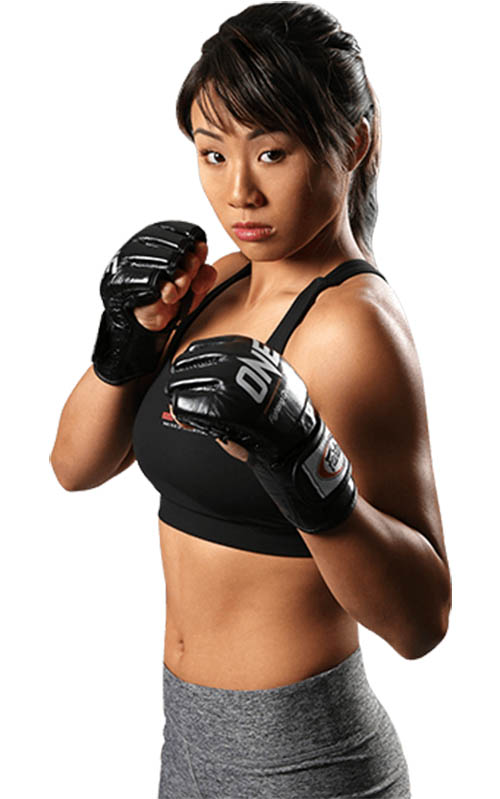 angela lee sexy mma fighter 01