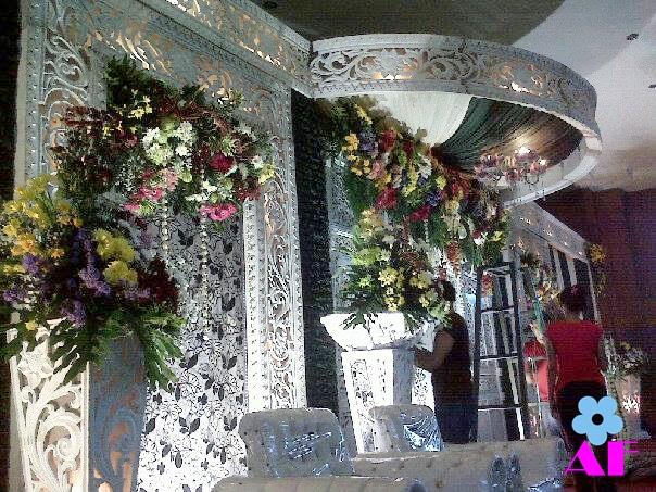 dekorasi pernikahan di lamongan murah meriah dan bagus mau modern dan terbaru hanya di agustina wedding