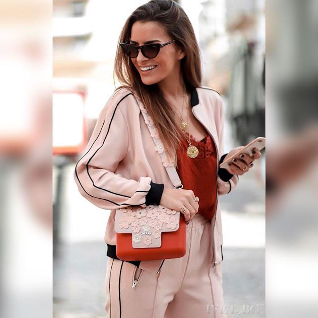 Γυναικείο ροζ αθλητικό σύνολο HELGA - Φούτερ και παντελόνι