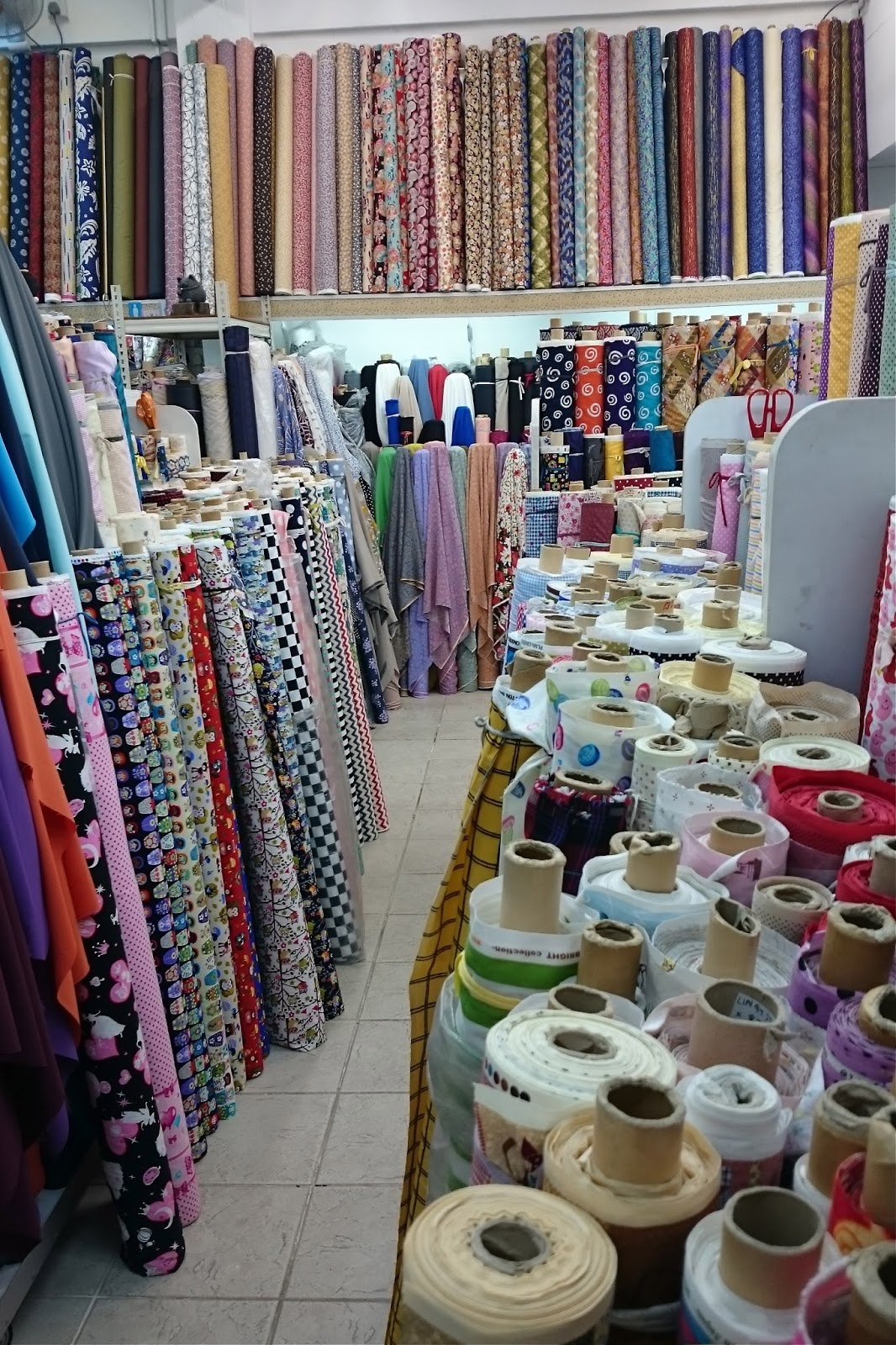 Tailoring Tales : Fabric shopping in South-East Asia