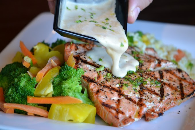 Salmon with Caper Hollandaise Sauce