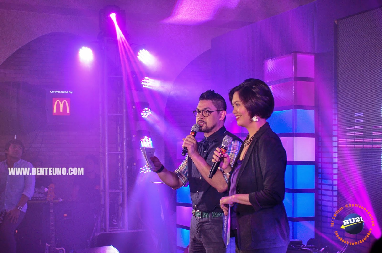 Mike & Kate,  Yahoo Philippines Managers, hosted the Yahoo Celebrity Awards of 2014