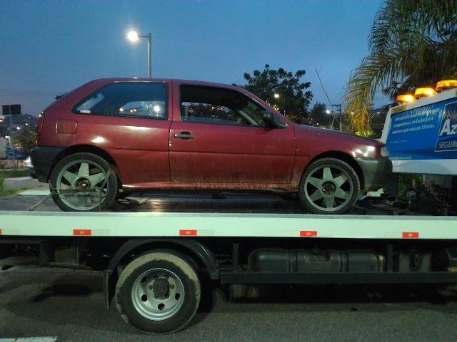 GCM de Santo André localiza veículo roubado abandonado no Parque do Guaraciaba
