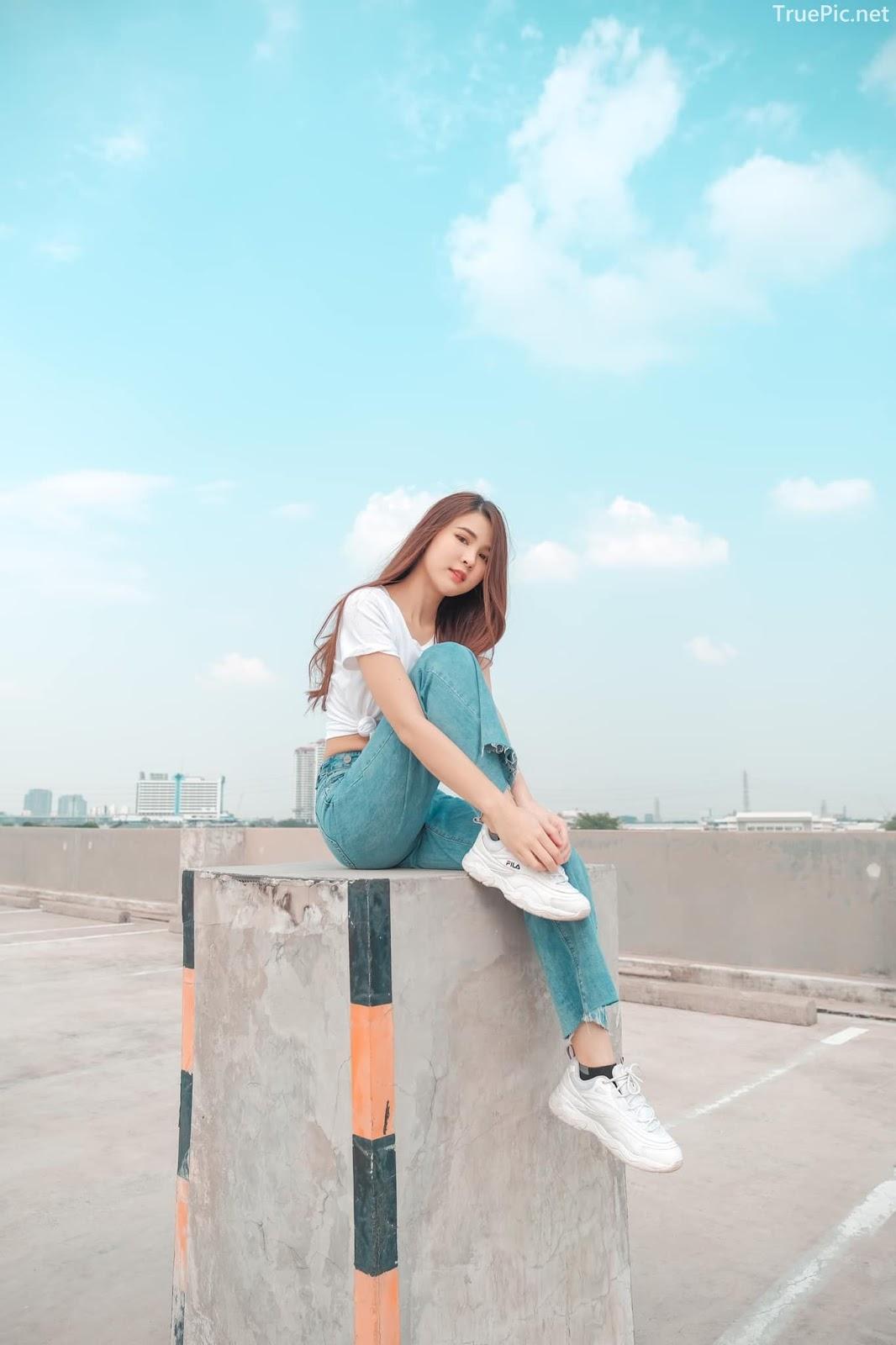 Thailan cute model - Supansa Yoopradit (Lorpor) - The terrace is full of windy afternoon - Picture 4
