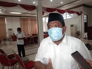 Ketua TIM Covid-19 yang juga Wali Kota Tual Adam Rahayaan S.Ag., M.Si