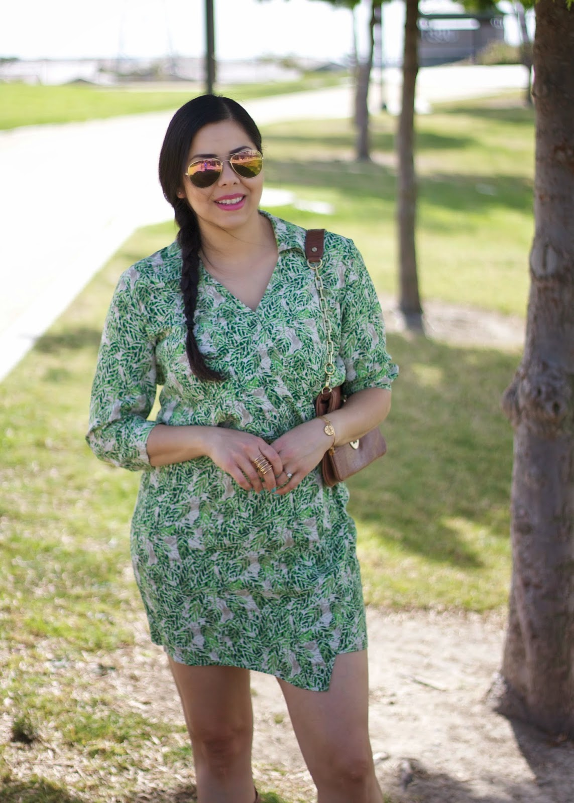 What to wear during hot weather, perfect vacation dress, tropical print dress, cabi online, cabi blogger, cabi fashion blogger