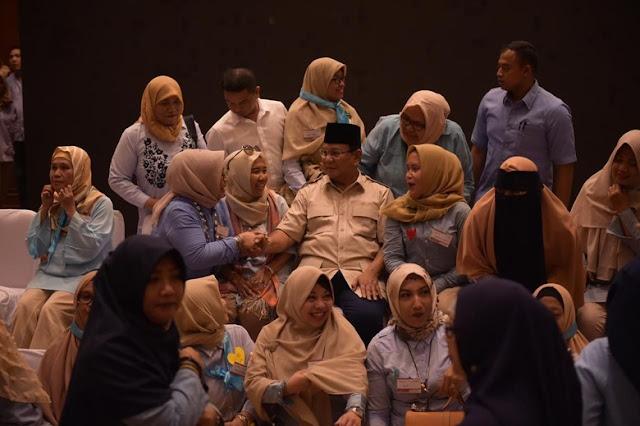 Prabowo: Nasib Bangsa Ada di Pundak Emak-emak