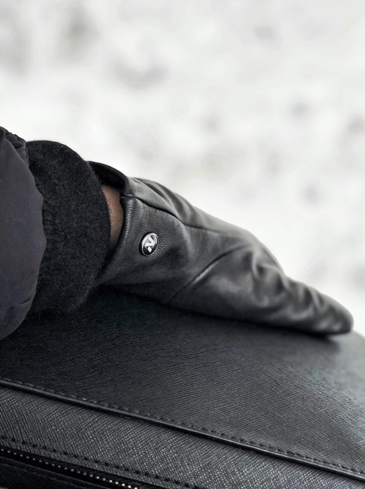 Zimowy must have: rękawiczki dotykowe