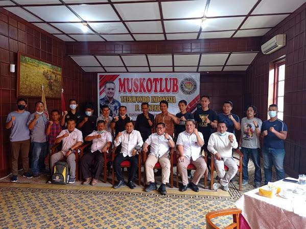 Hendra Pardede Pimpin Taekwondo Indonesia Cabang Pematangsiantar : Mari Kita Besarkan