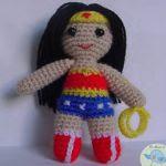 http://elmundodelosamigurumisdeana.blogspot.com.es/2015/06/wonder-woman-amigurumi.html#more