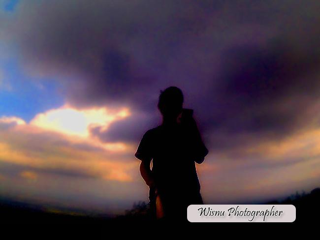 http://wisnu.klikmg.com/2016/06/bukit-tranggulasih-fotografer-editing.html