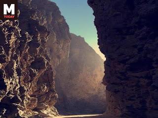 الطريق الذى عبر فية موسى النبى واليهود جبال سيناء عندما غادر مصر