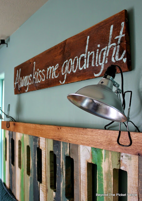 sign, always kiss me goodnight, master bedroom, paint, hand lettered, barn wood sign, http://bec4-beyondthepicketfence.blogspot.com/2015/05/always-kiss-me-sign.html