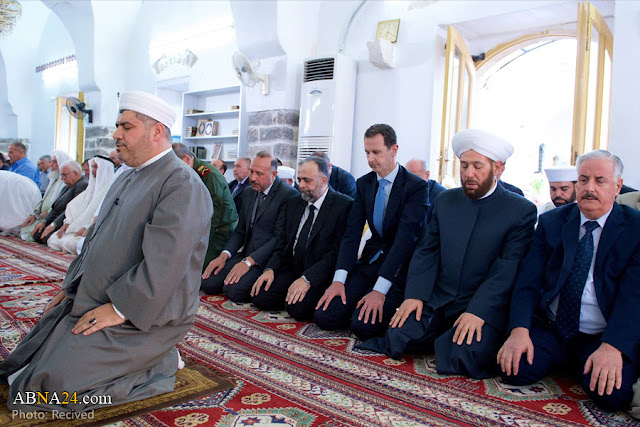 Presiden Syria solat AidilFitri 2017 di Hama