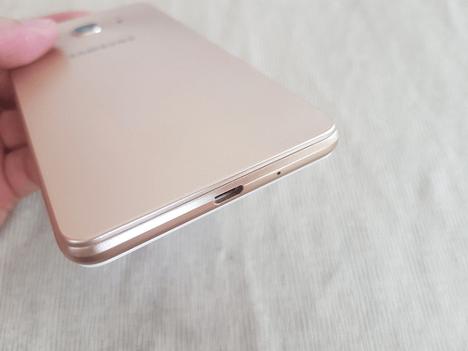 Harga dan Spesifikasi Samsung Galaxy J3 Pro
