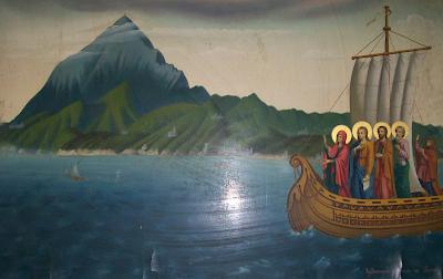 Εικόνα της Υπεραγίας Θεοτόκου που διαλέγει τη χερσόνησο του Άθωνα, βρίσκεται στην Ιερά Μέγιστη Μονή Βατοπαιδίου.