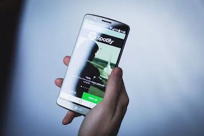Hp lg tampilan Spotify