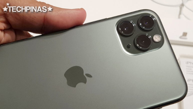 Apple Top Phone Maker