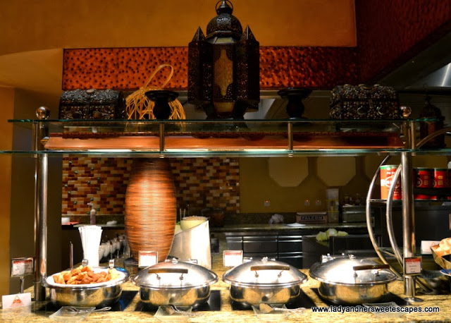 Arabic buffet section at Kaleidoscope in Atlantis The Palm