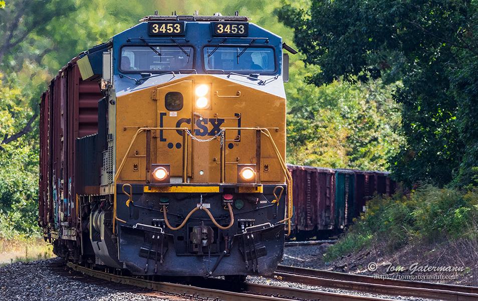 CSXT 3453 leads Q363-21 at Warners, NY