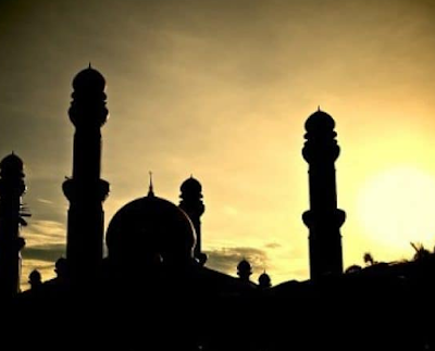 Bacaan Nida' Di Sela-sela Shalat Tarawih