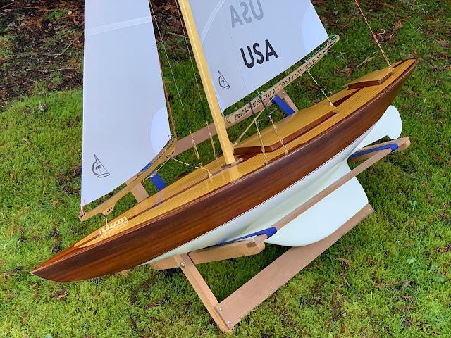 Wampum Vintage Marblehead RC sailboat