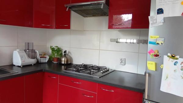 czerwona kuchnia ikea