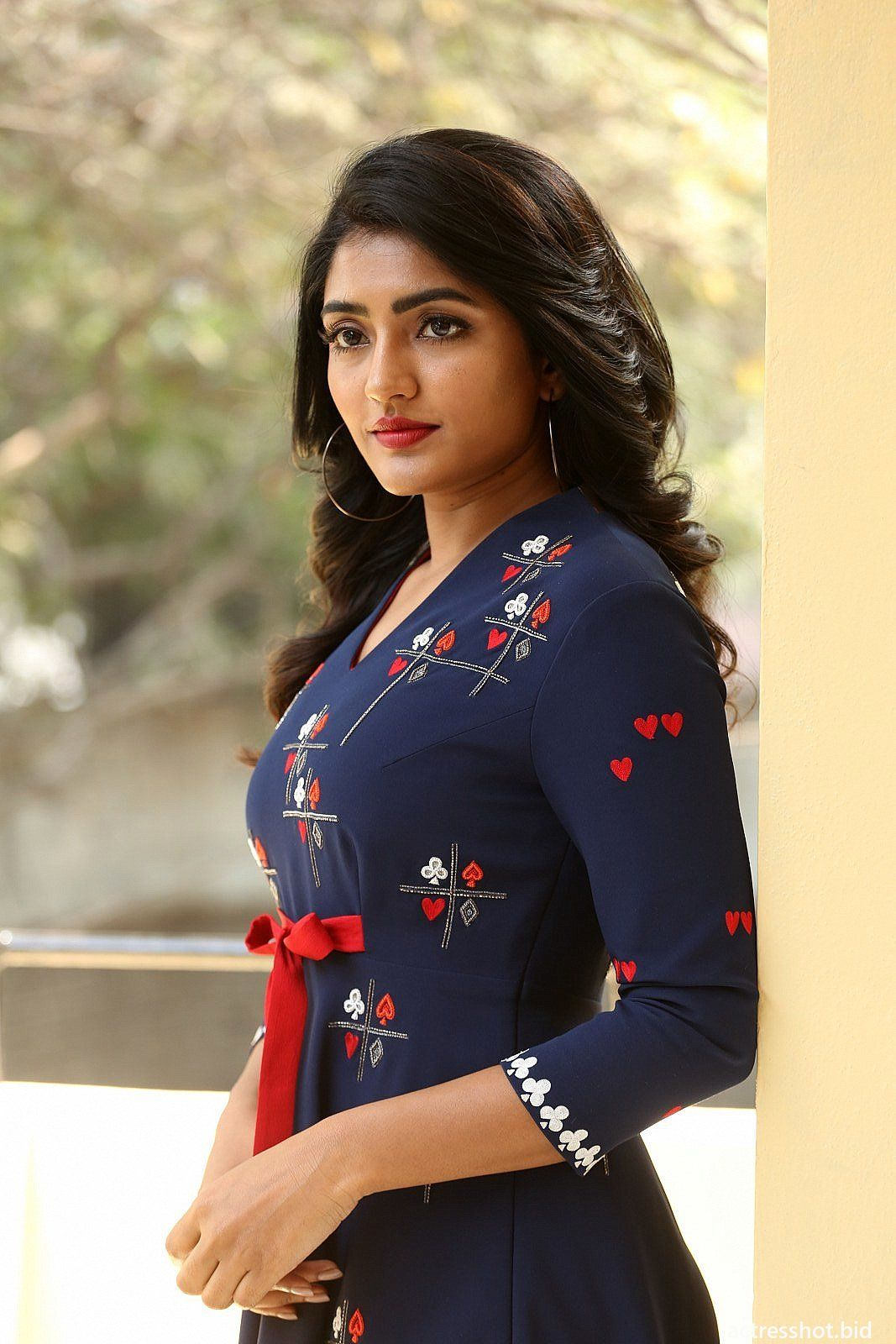 Eesha Rebba At Raagala 24 Gantallo Movie Interview Photos