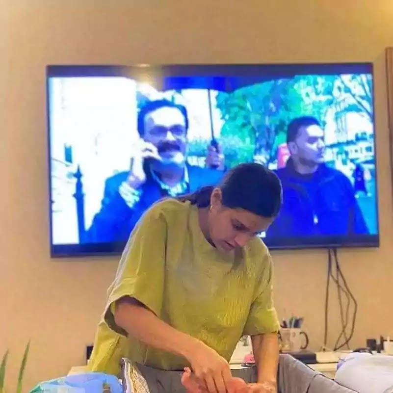 Iqra Yasir Changing Pampers of Her Son Kabeer Hussain