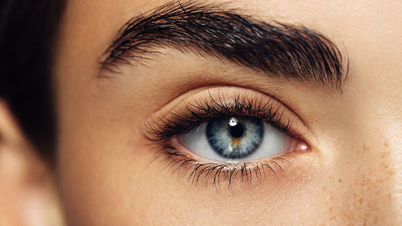 4 Tips an Eyelash Extension Expert Wants You to Know