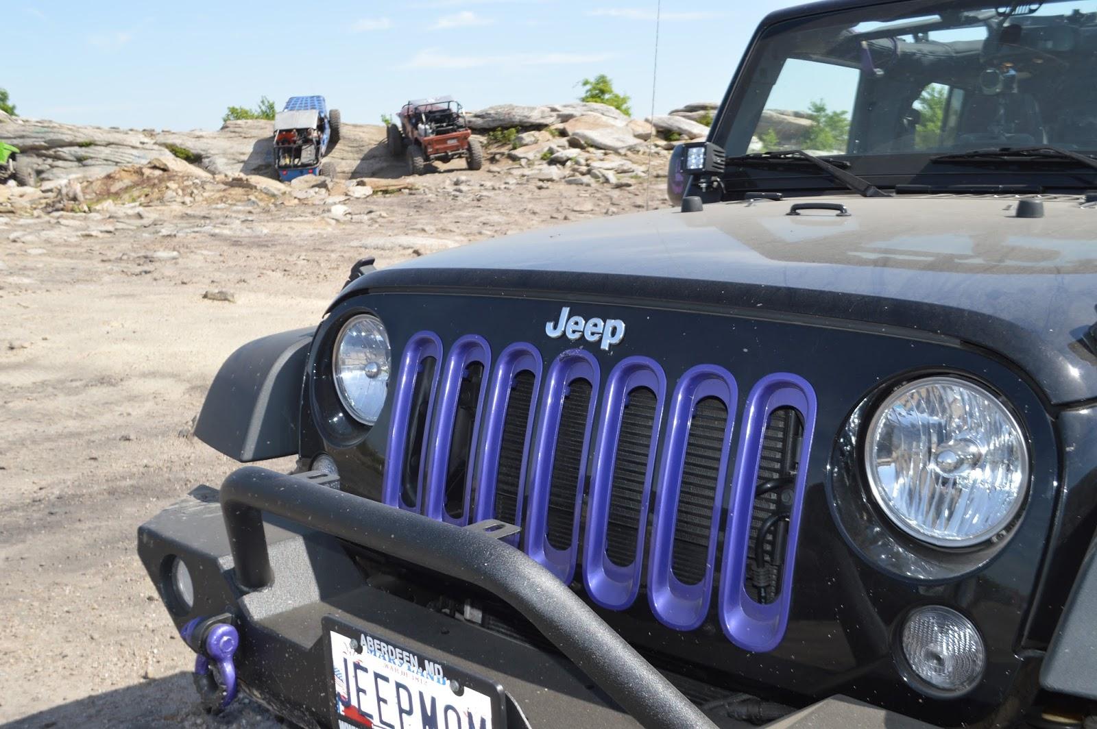 jeep momma blog 2 door jeep wrangler vs 4 door jeep wrangler. Black Bedroom Furniture Sets. Home Design Ideas