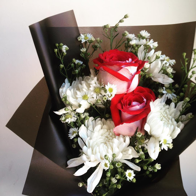 osiria roses bouquet