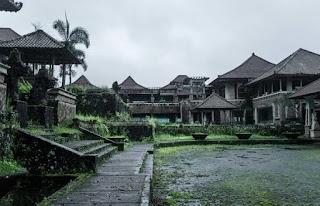 7 Wisata penuh misteri yang bikin merinding, ada yang di Indonesia