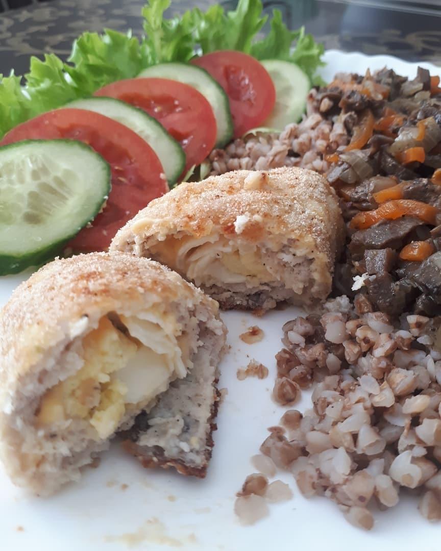 Нежные и сочные мясные зразы с очень вкусной начинкой