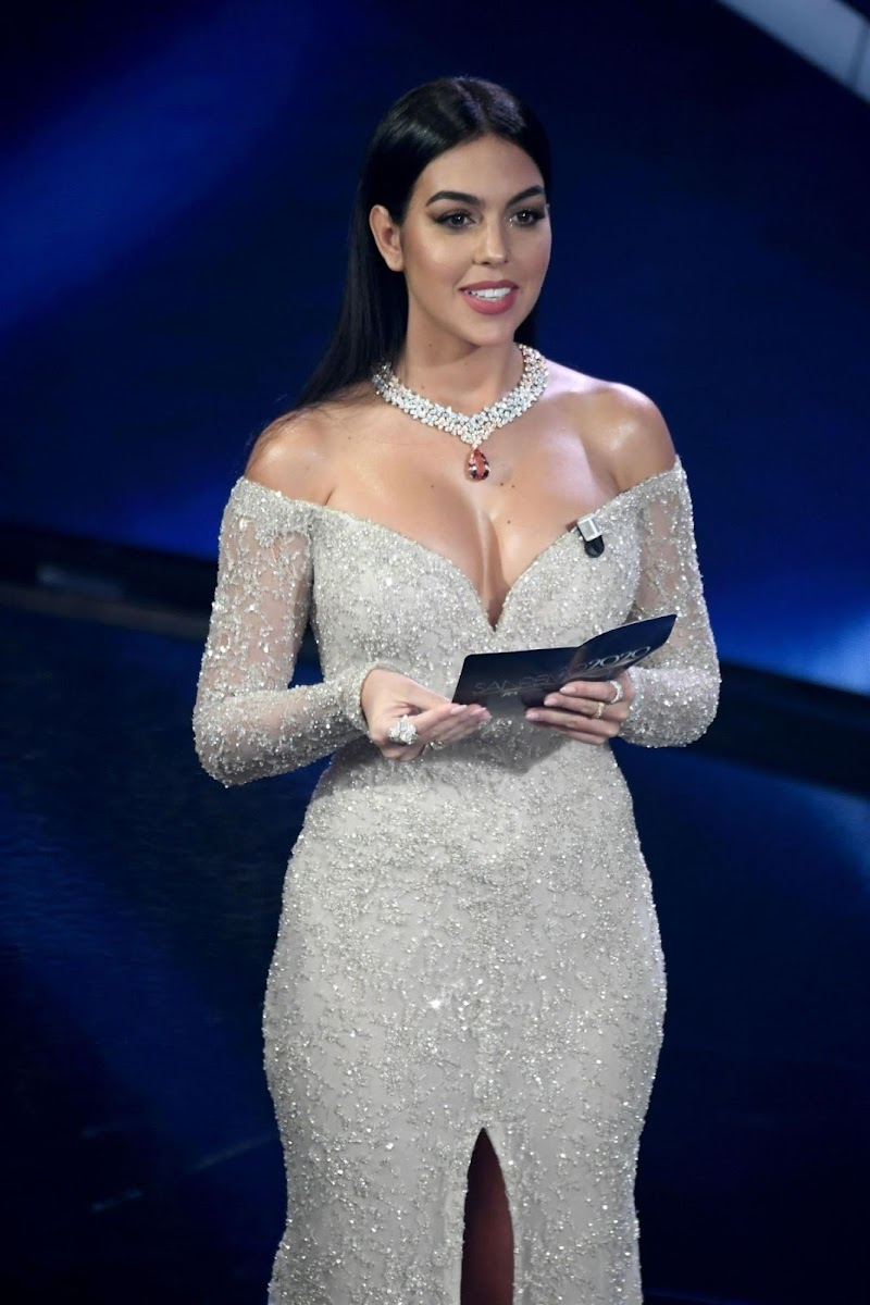 Georgina Rodríguez Clicks at 70th Sanremo Song Festival 6 Feb-2020