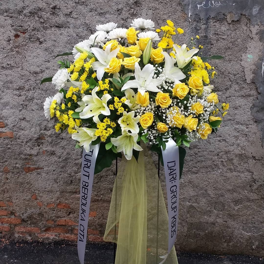 Karangan Bunga Standing Flowers 017