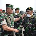 Yonarmed 10 Kostrad Bantu Atasi Bencana Kebakaran Hutan dan Lahan di Pekanbaru