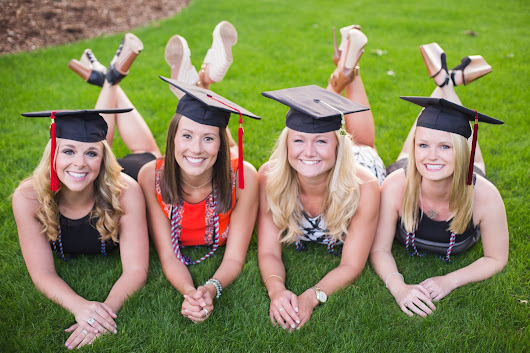 Senior Pi Phi's Graduation Session